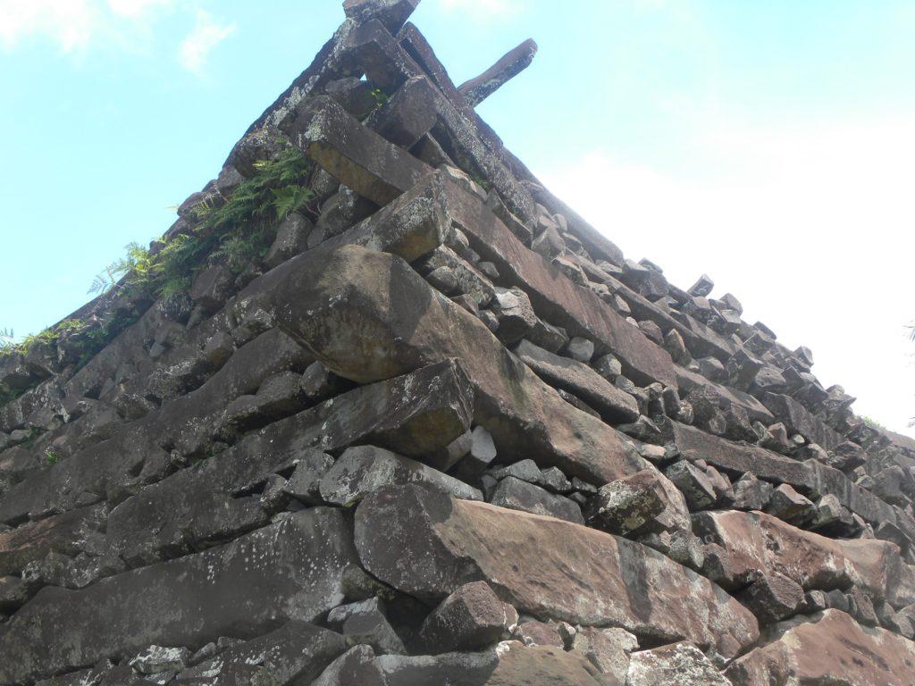 Eastern wall of Nan Dowas